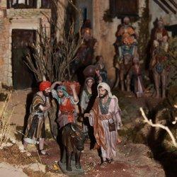 Habitantes del Belén en la exposición en Novelda de Alicante