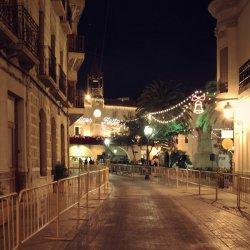 Calle Mayor de la ciudad de Novelda en Alicante