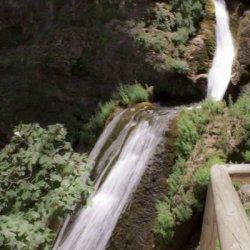 La primera caída de aguas en el Nacimiento del Río Mundo