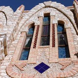 Vidrieras del Santuario de Santa María Magdalena en Novelda de Alicante