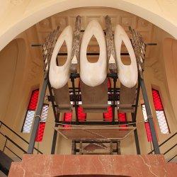 Zona del órgano musical en el Santuario de Santa María Magdalena en Novelda de Alicante