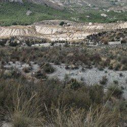 Paisajes peculiares en los alrededores del pueblo Las Minas en Albacete