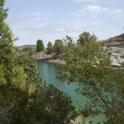 Color del agua en el Embalse de Camarillas en Albacete